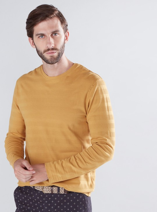 Textured T-Shirt with Round Neck and Long Sleeves