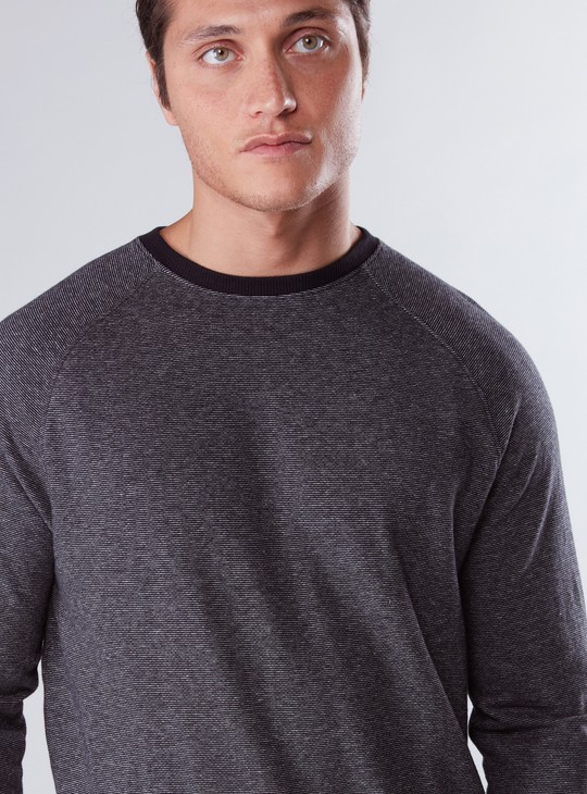 Round Neck Sweatshirt with Raglan Sleeves