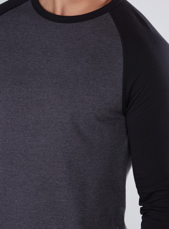 Round Neck T-Shirt with Raglan Sleeves