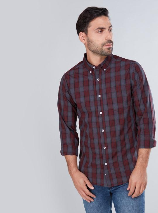 قميص كاروهات بأكمام طويلة