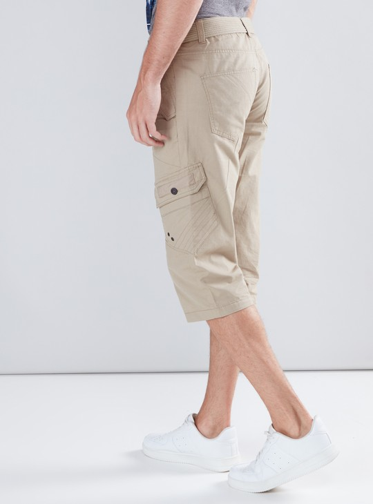 Pocket Detail 3/4 Pants with Button Closure