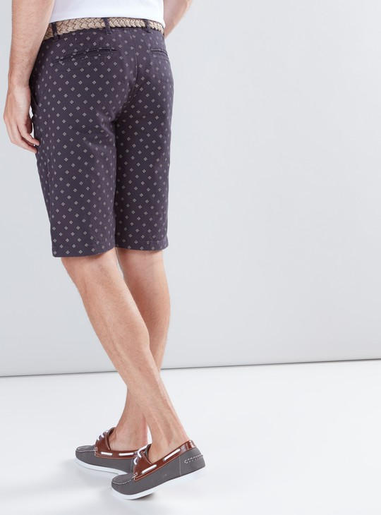 Printed Mid-Rise Shorts with Pocket Detail