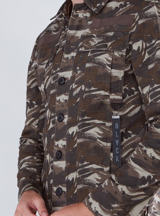Camouflage Printed Twill Jacket with Long Sleeves and Button Closure