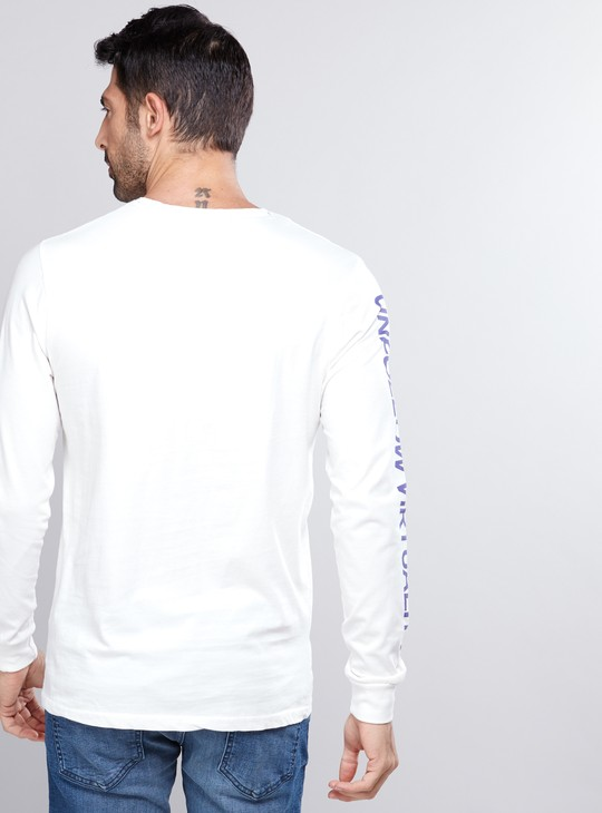Printed T-Shirt with Crew Neck and Long Sleeves