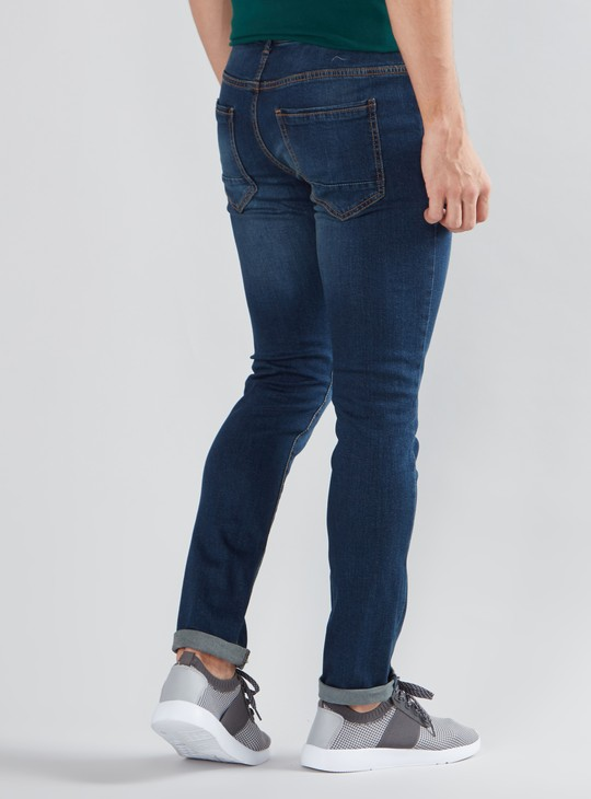 Full Length Mid Waist Jeans in Slim Fit with Pocket Detail