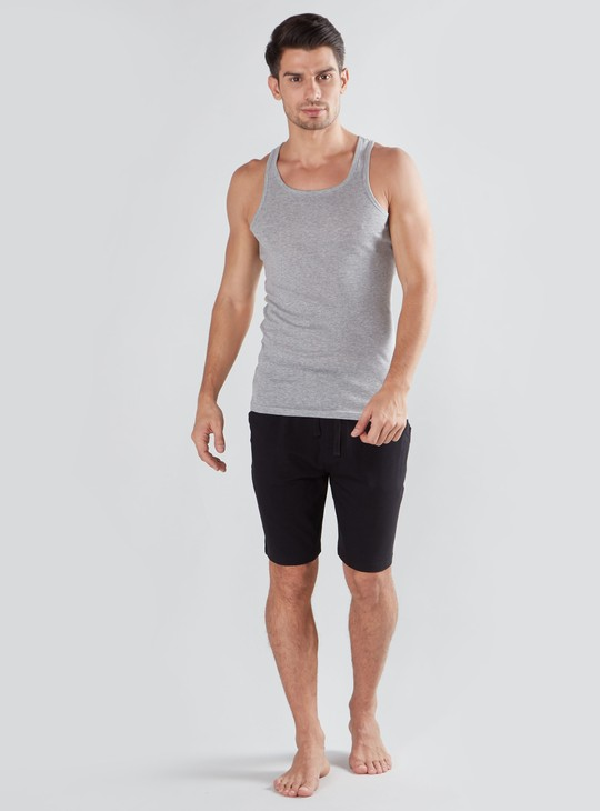 Plain Shorts with Drawstring Closure and Pocket Detail