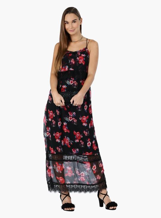 فستان ماكسي بتفاصيل دانتيل وطبعات