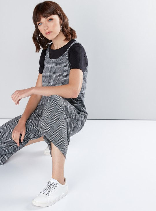 Chequered Sleeveless Jumpsuit with Pocket Detail
