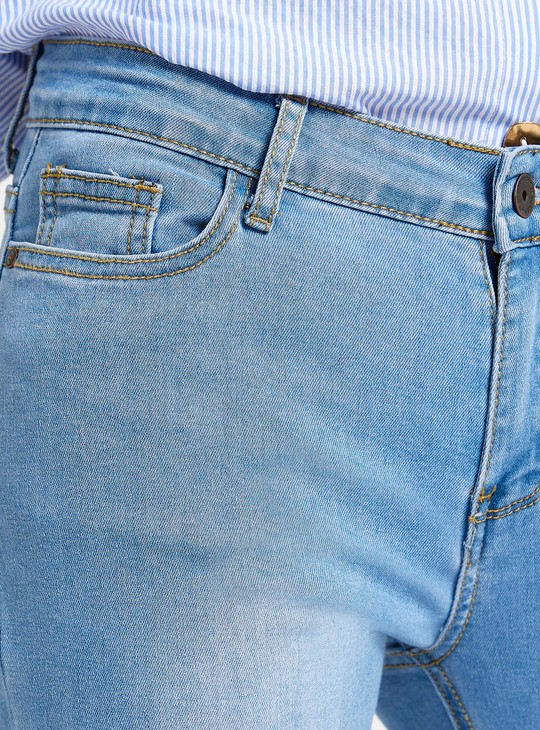 Skinny Fit Mid-Rise Jeans with Pocket Detail and Button Closure