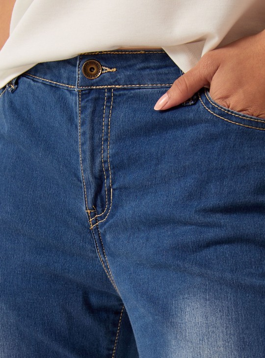 Full Length Mid-Rise Jeans in Slim Fit
