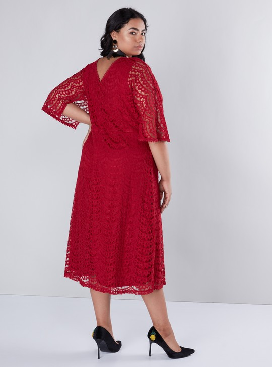 Lace Detailed Round Neck Midi A-Line Dress with 3/4 Sleeves