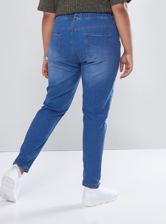 Solid Denim Jeans with 4-Pockets