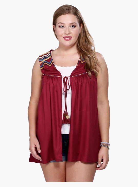 Sleeveless Shrug with Tie Up