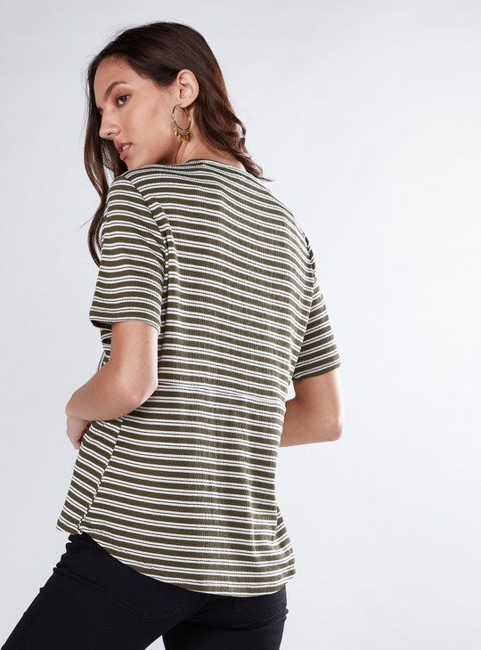Striped Top with V-Neck and Front Knot
