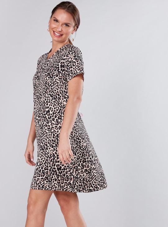 Animal Printed Midi Shift Dress with Short Sleeves