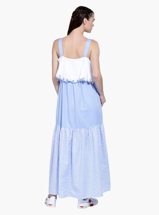 فستان ماكسي بياقة عصرية وقصّة على شكل A وبنقش مطبوع