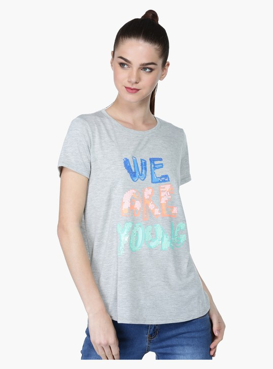Round Neck Short Sleeves T-Shirt with Sequin Work