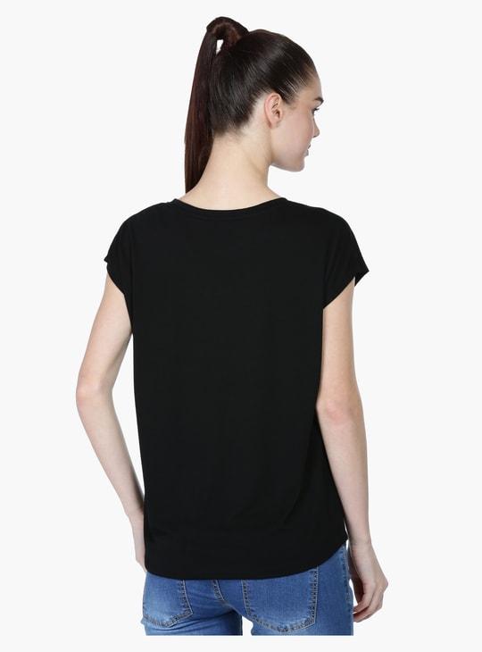 Short Sleeves T-Shirt wit Pom Poms