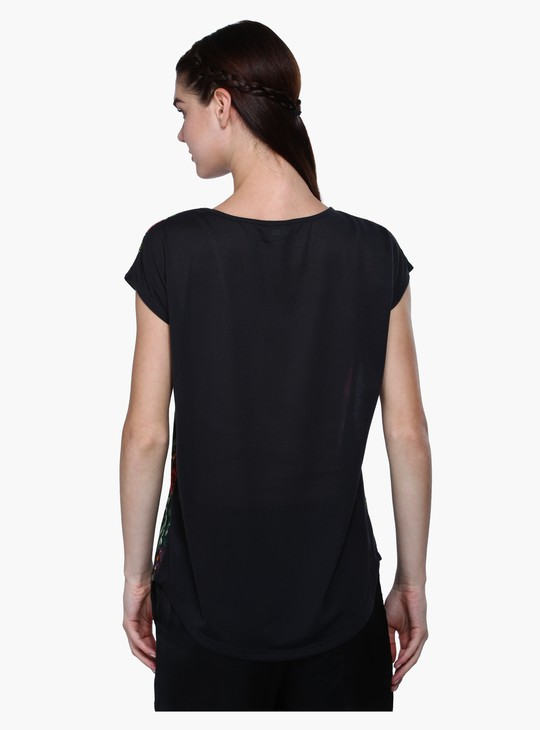 Printed T-Shirt with Round Neck in Regular Fit
