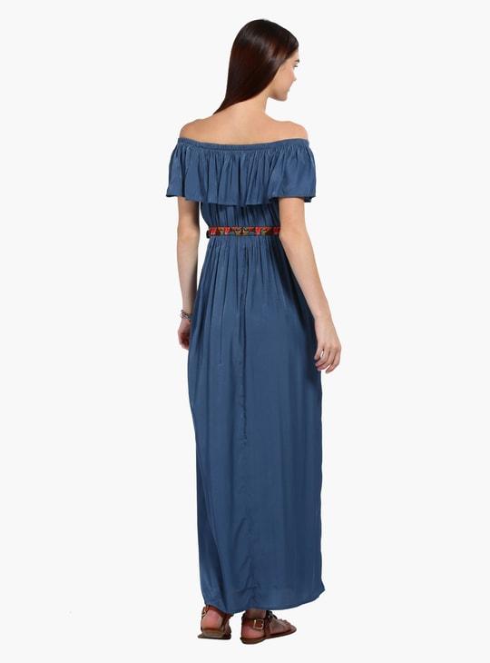 فستان ماكسي دون أكتاف