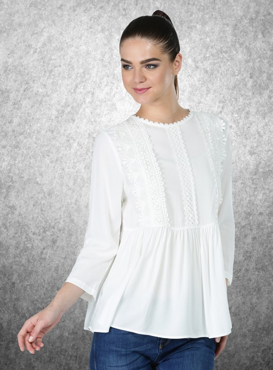 Textured 3/4 Sleeves Top with Lace Detailing