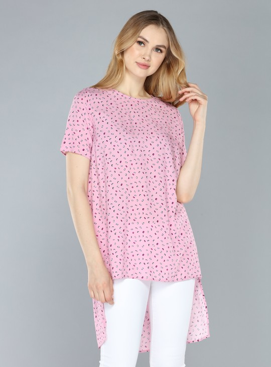 Printed Top with Round Neck and High-Low Hem