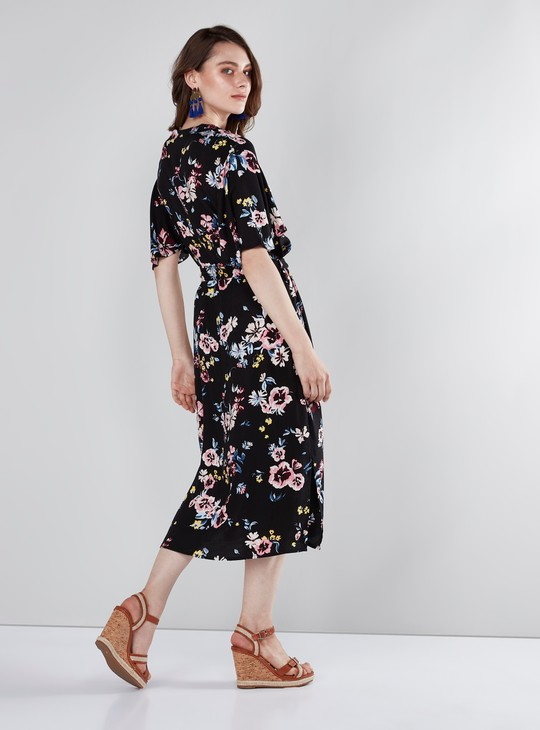 Floral Printed Midi Dress with V-neck and Flared Sleeves