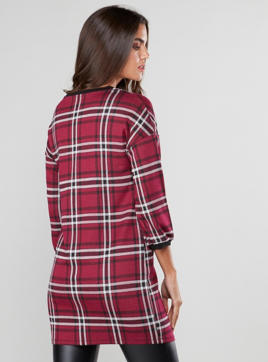 Chequered Mini Shift Dress with Round Neck and 3/4 Sleeves
