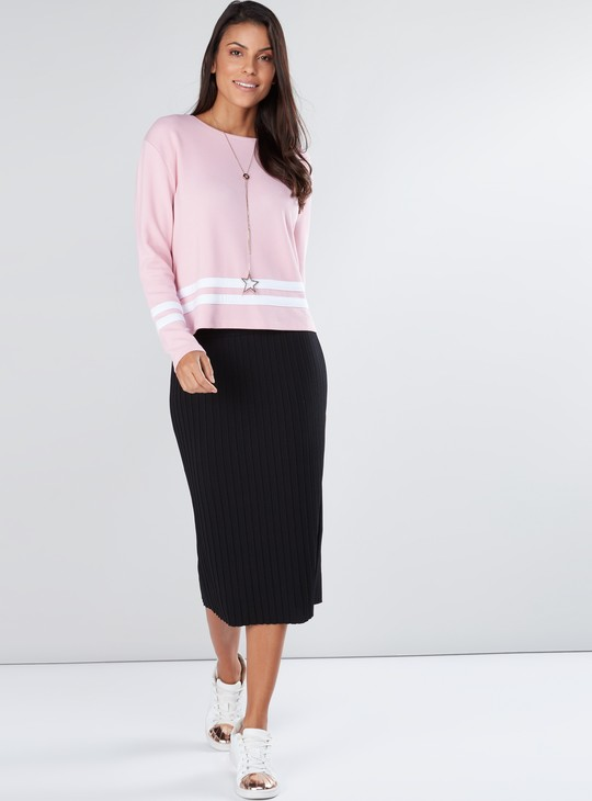 Striped Top with Round Neck and Long Sleeves