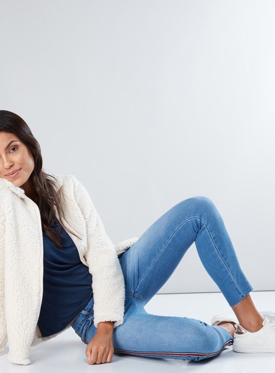 Plush Fleece Jacket with Zip Closure and Long Sleeves