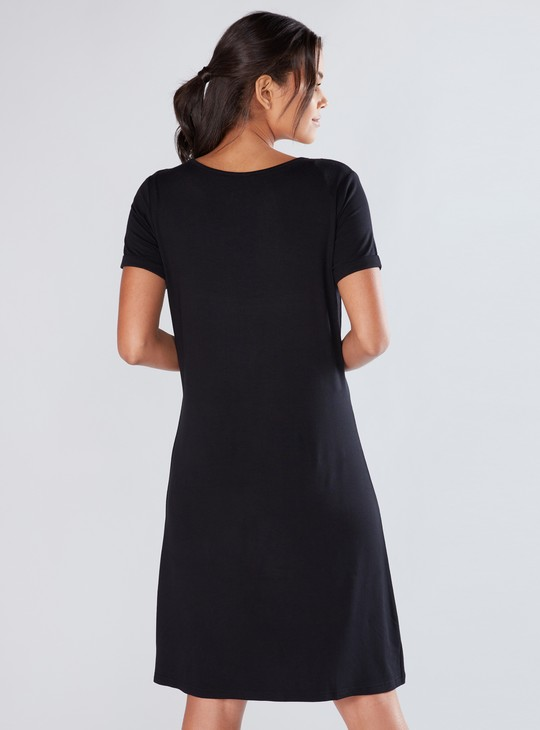 Round Neck Midi Dress with Short Sleeves