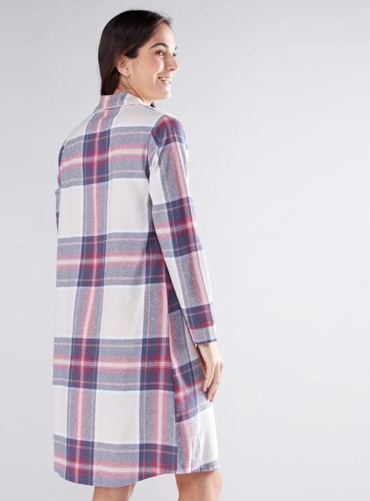 قميص نوم كاروهات بأكمام طويلة