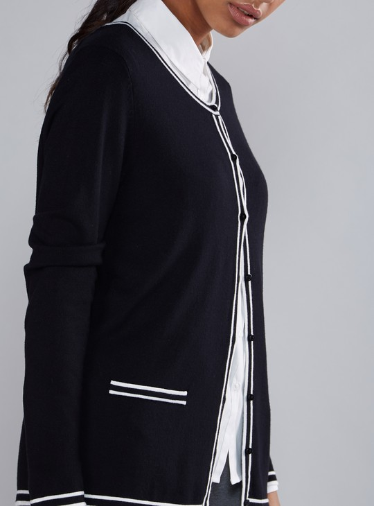 Long Sleeves Cardigan with Complete Placket and Contrast Detail