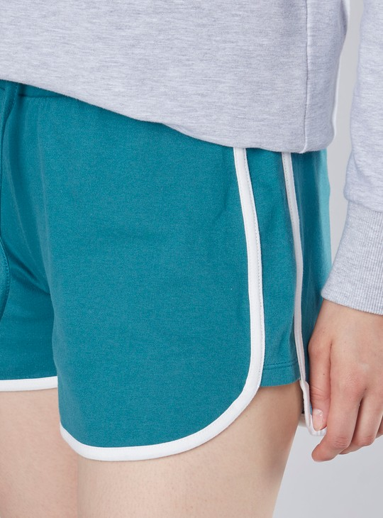 Comfort Fit Textured Shorts with Drawstring Closure