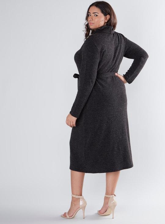 فستان ميدي إيه لاين بارز الملمس بأكمام طويلة وأربطة