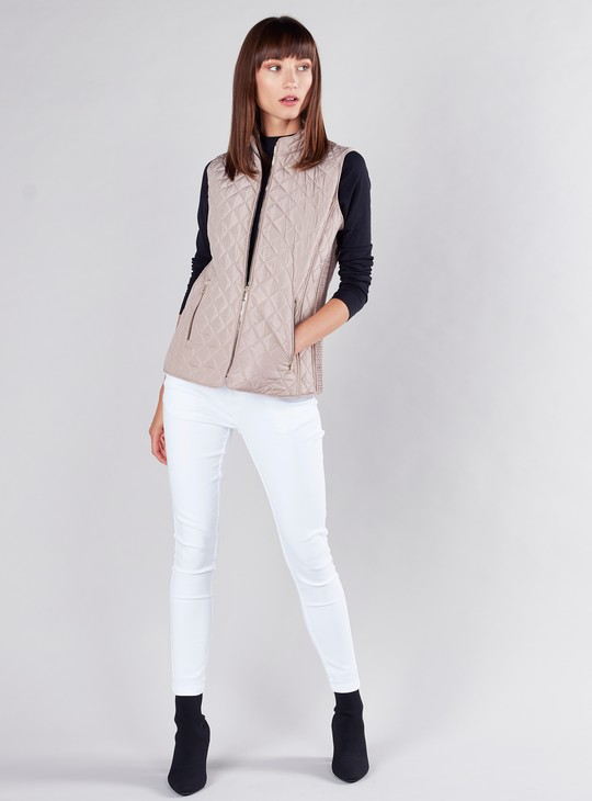Quilted Gilet Jacket with Zip Closure and Pockets