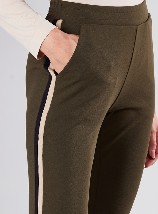 Cropped Mid Waist Pants with Pocket and Tape Detail