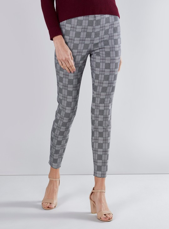 Slim Fit Chequered Pants with Elasticised Waistband