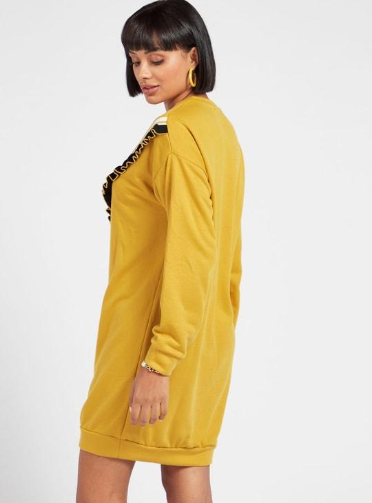 فستان إيه لاين قصير بارز الملمس بأكمام طويلة