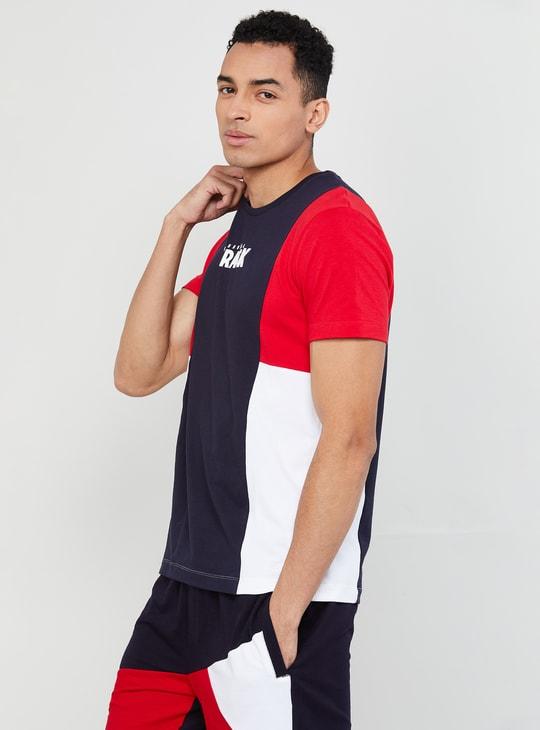 MAX Typographic Print Colourblock Slim Fit T-shirt