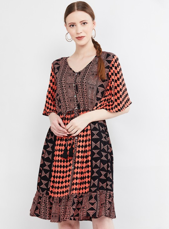 MAX Printed Shift Dress with Tie-Up