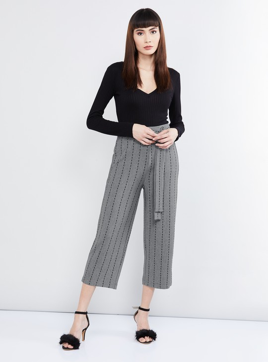 MAX Textured Cropped Pants