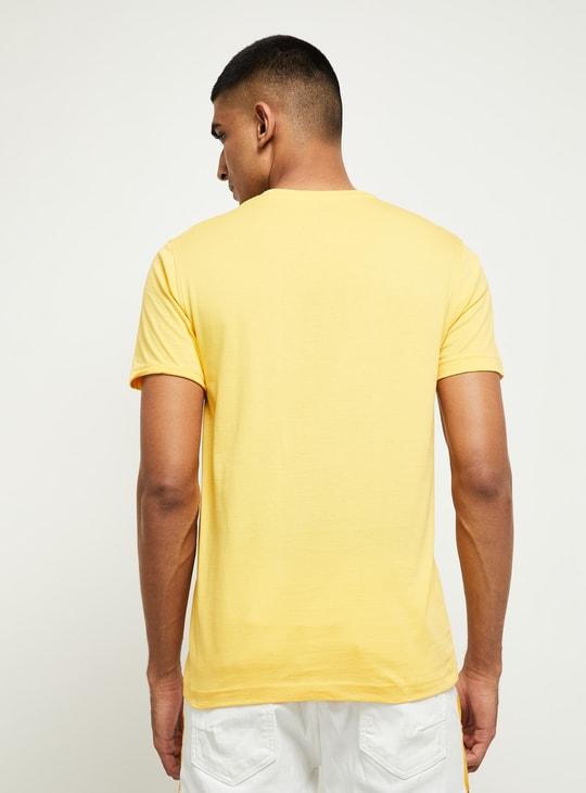 MAX Printed Regular Fit Crew Neck T-shirt