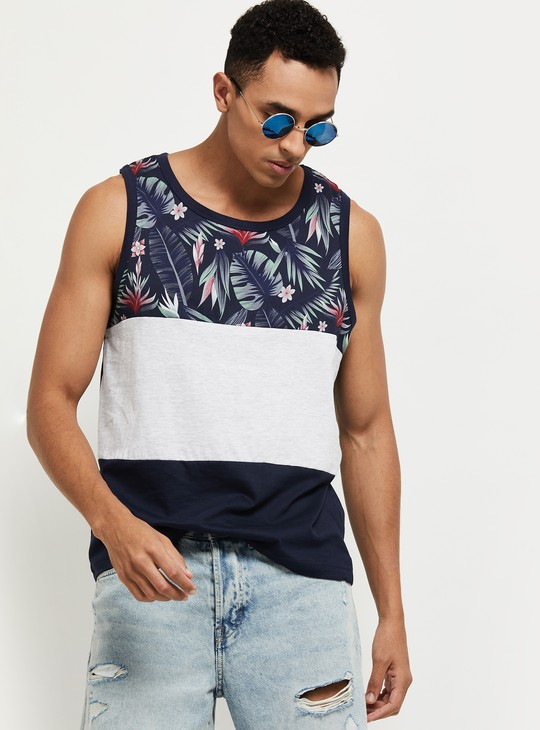 MAX Colorblocked Crew Neck Sleeveless T-shirt