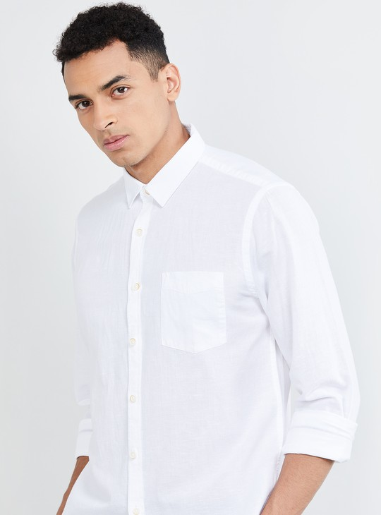 MAX Solid Slim Fit Casual Shirt