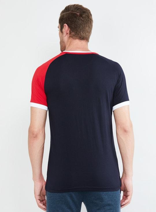 MAX Colourblock Short Sleeves Regular Fit T-shirt