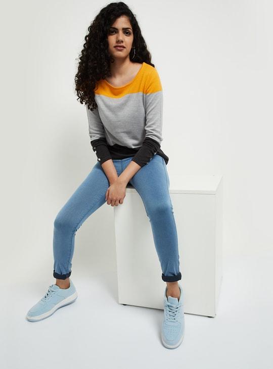 MAX Colourblock Round-Neck Sweater