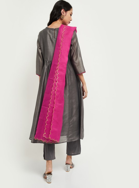 MAX Textured A-line Kurta with Cropped Pants and Dupatta