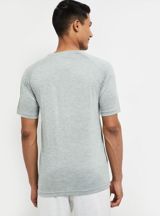 MAX Solid Regular Fit Crew Neck T-shirt