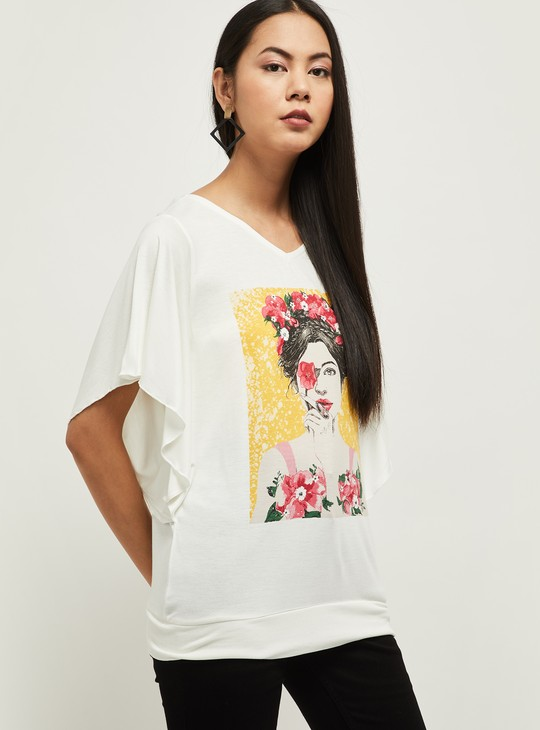 MAX Graphic Print Top with Flutter Sleeves